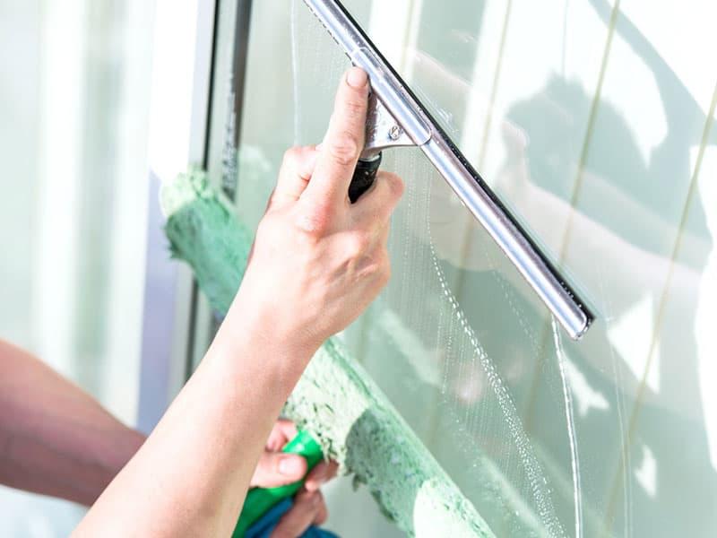 Richtige Fensterreinigung